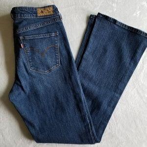 Levi's mid rise skinny boot cut, size 12m